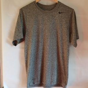 Nike short sleeve t shirt